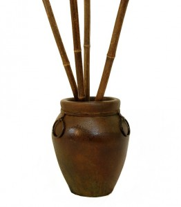 bamboo-pole-black-pot